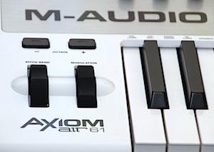 00_m-audio_axiom_air_61_mini